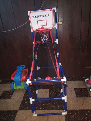 Basketball hoop for kids for Sale in Fairview Park, OH