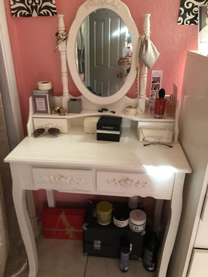 New And Used Makeup Vanity For Sale In Stockton Ca Offerup