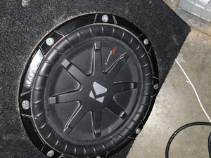 Kicker Comp RT 10 inch sub with ported box for Sale in Corona, CA