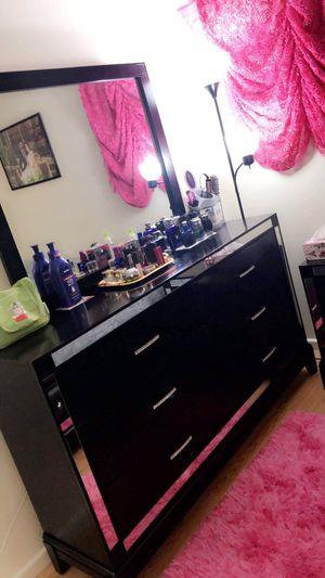 Bedroom furniture sets for Sale in Hilliard, OH
