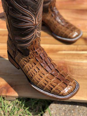 Mens boots / Bota para hombre for Sale in Pasadena, TX