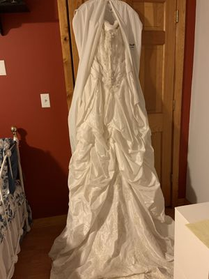 Wedding Dress and Veil for Sale in North Haven, CT
