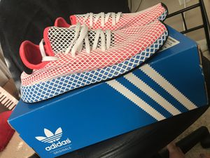 Adidas Deerupt Runner Red, White, and Blue for Sale in Ocoee, FL