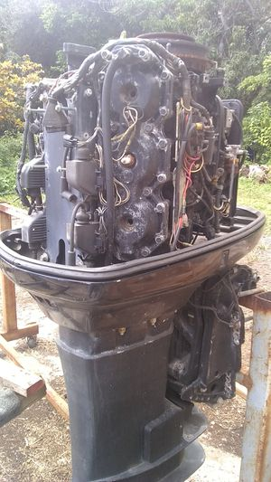 Outboard stand for 4 motors on wheels for Sale in South Miami, FL