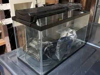 10 Gallon Aquarium Full Kit for Sale in Pomona,  CA