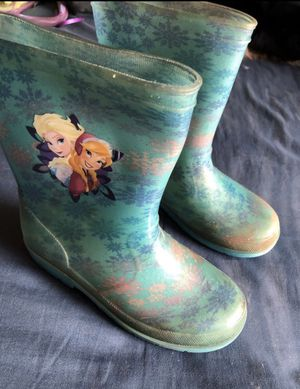 Girls rain Boots size 2 for Sale in Ceres, CA