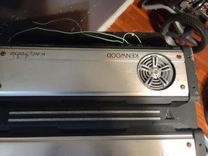 Amplificador cajon con bocinas y estereo de pantalla for Sale in Bell Gardens, CA