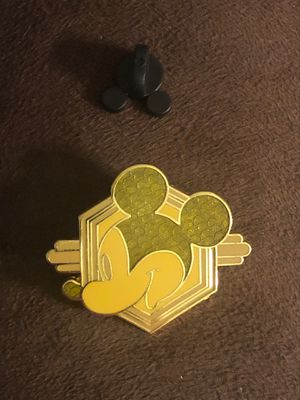 Disney's Mickey Mouse trading pin for Sale in Davenport, FL