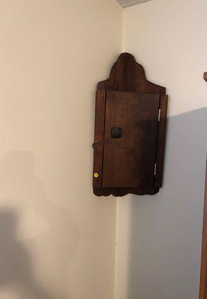 Corner shelf for Sale in Fuquay-Varina, NC
