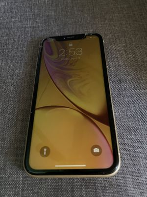 iPhone XR NO ICLOUD TRADE FOR A NINTENDO SWITCH for Sale in Washington, DC