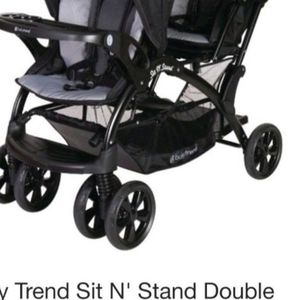 Baby Trend Sit N' Stand Double Stoller for Sale in North Tustin, CA