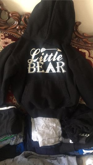 Boy clothes size 5 for Sale in Fontana, CA