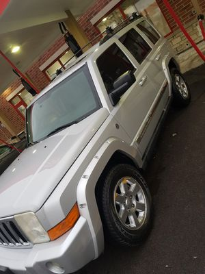 07 Jeep commander Trail Rated 5.7 hemi v8 127k miles no check engine dodge chrysler Pontiac nissan honda chevy Chevrolet for Sale in South Holland, IL