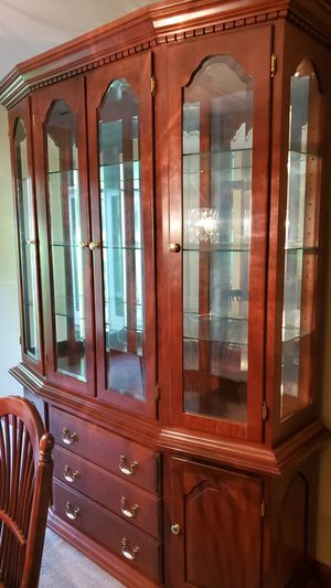 Cherry dining Room hutch 7' tall for Sale in North Canton, OH