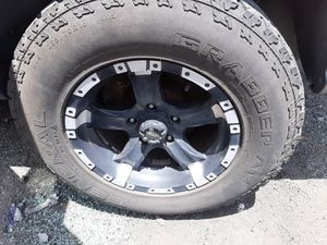 Rims and Tires for 2004 Jeep Grand Cherokee 255/70R16 for Sale in Hialeah, FL