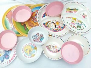 Large Bunch Of Melamine Dinnerware for Sale in West York, PA
