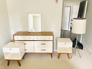 West Elm Bedroom Set: $1300 for Sale in Chicago, IL