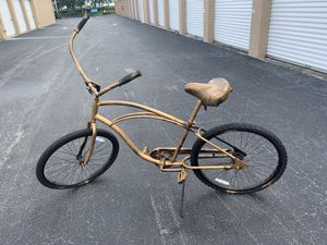 """26x2.0"""" Gold painted Electra beach cruiser bicycle bike. Quality bike, rides fine just bad paint job. for Sale in West Palm Beach, FL"""