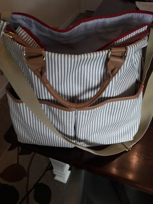 Gray striped Skip Hop diaper bag for Sale in Riverview, FL