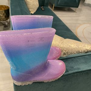 Kids Rain boots From DSW for Sale in Hollywood, FL