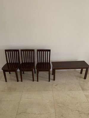 Pottery barn kids chairs and bench for Sale in Miami, FL
