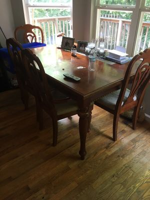 Wooden table for Sale in Nashville, TN