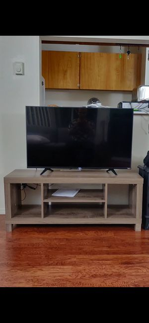 TCL 43 A515 (and stand) for Sale in Seattle, WA