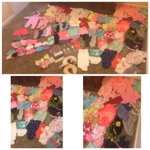 Girl baby clothes 0-3 months for Sale in Belton, SC