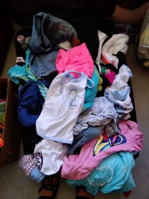 Girls clothes for 7 to 10 years old for Sale in Tustin, CA