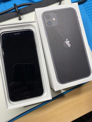iPhone 8 64gb - Great condition! for Sale in Woburn, MA