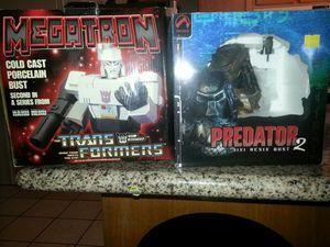 Megatron and predator2 mini resin bust for Sale in Mesa, AZ