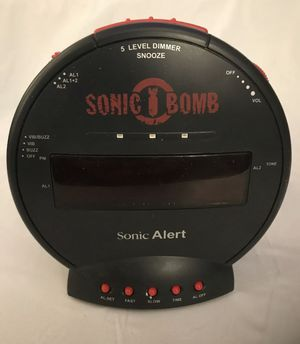 Sonic boom LOUD alarm clock for Sale in Kissimmee, FL