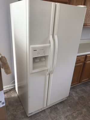 Kitchen appliances set (fridge, gas oven, dishwasher) for Sale in Dulles, VA