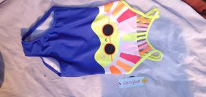 Cat & jack bathing suit size 4-5 for Sale in Fresno, CA