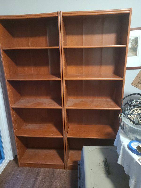 2 Bookshelves Cherry Wood