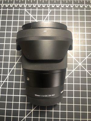 SIGMA 16mm f/1.4 - Sony for Sale in Cerritos, CA