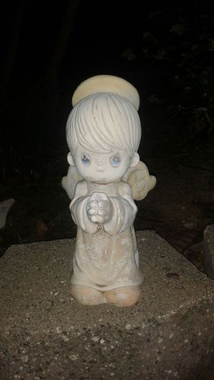 Precious moments statue for Sale in Pittsburg, CA