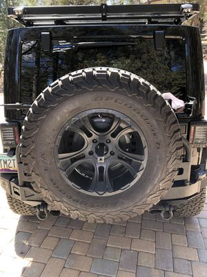 Smittybilt Atlas Rear Bumper and Tire Carrier for Sale in Pine, AZ