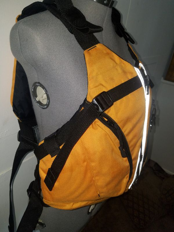ADULT Water Vest L/XL