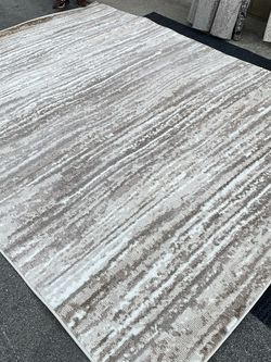Cream And Tan Patterned Rug- Minimal for Sale in Pomona,  CA