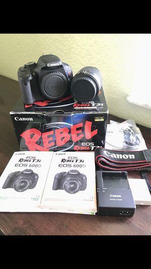 Canon Rebel T3i for Sale in Homestead, FL