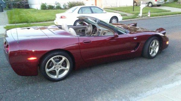 Chevy corvette 2003 50th anniversary convt 6 spd
