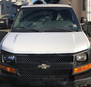 2008 Chevy Express 2500 for Sale in Hightstown, NJ