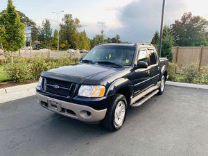 2001 Ford Explorer Trac V6 4WD for Sale in Tacoma, WA