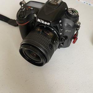Nikon D7100 camera Body for Sale in Bartlett, IL
