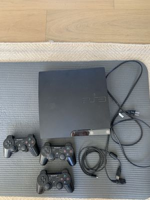 PS3 w/ 3 controllers for Sale in Nashville, TN