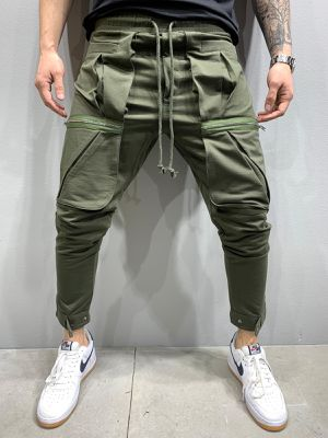 Jogger pants couple sizes only store pick up for Sale in Los Angeles, CA