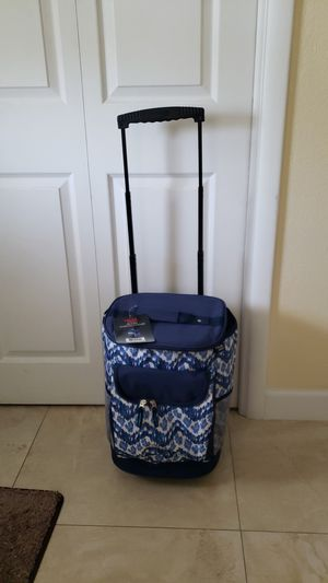 Wheeled Cooler for Sale in Hollywood, FL