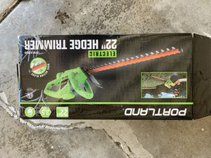 Electric 22 inch hedge trimmer for Sale in Yorba Linda, CA
