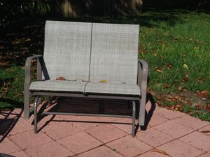 Porch free standing swing for Sale in Minneola, FL